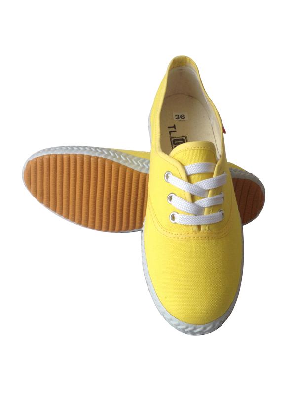 廠家直供休閑鞋 外貿尾單 低價批發休閑鞋 庫存處理