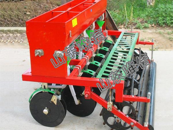 山东唯信农业***2BXF-12小麦播种机  可同时施肥