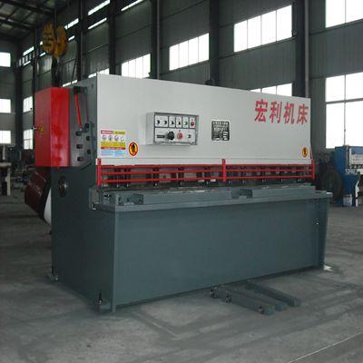 工廠*** QC12Y-4×2500液壓擺式剪板機