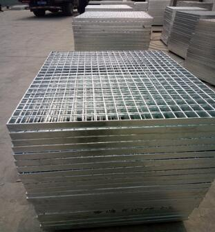廠家供貨 可以定制 歡迎來電洽談 鍍鋅鋼格板