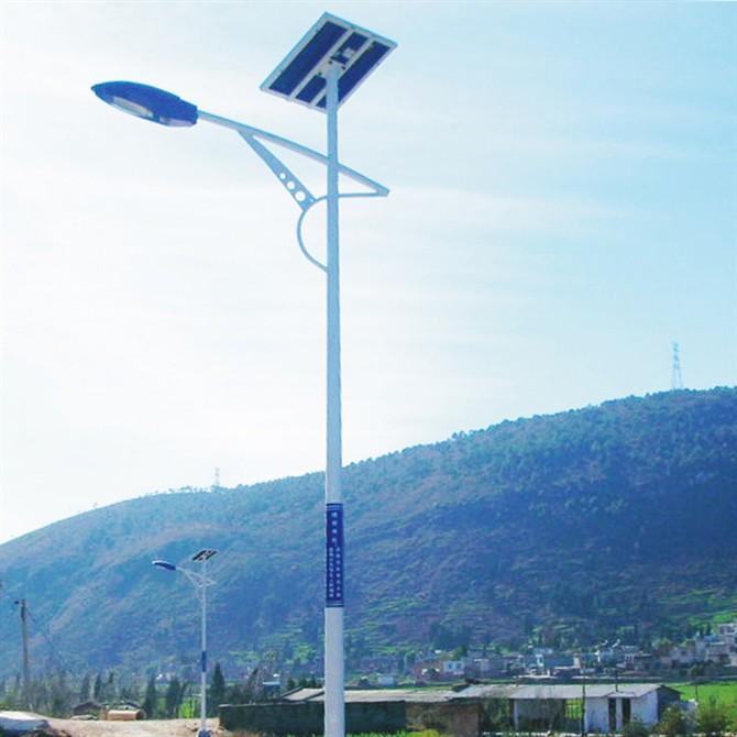 包头路灯公司/太阳能路灯安装价钱
