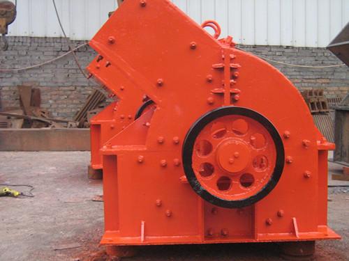 厂家便宜供应大型移动破碎站 ***率碎石机 锤式破碎机