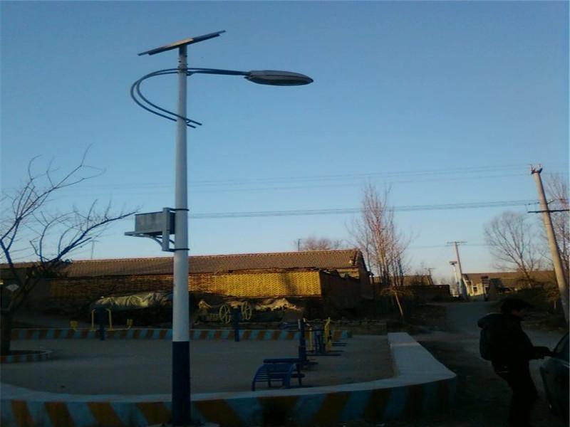 三水太阳能路灯***格-太阳能路灯厂家电话