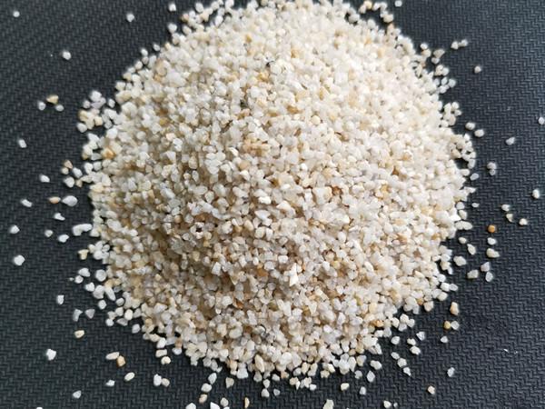 重慶石英砂廠_石英砂濾料銷售_重慶榮順石英砂生產。