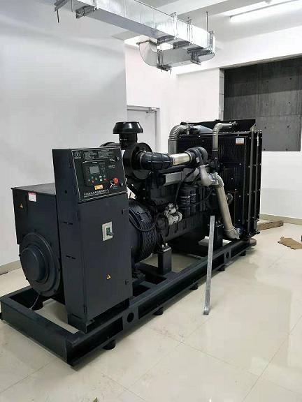 上柴600KW柴油發電機組