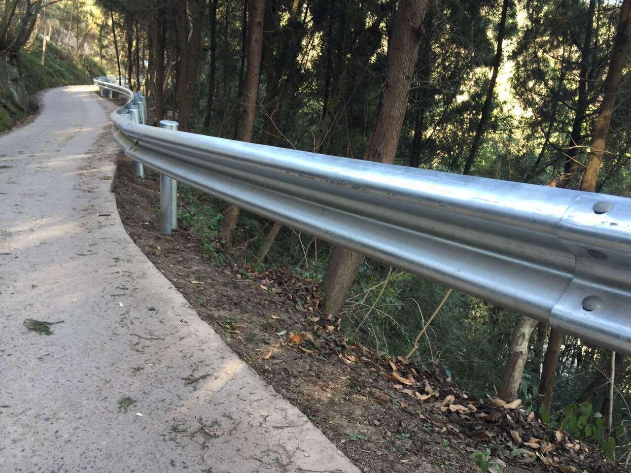 厂家绍兴高速护栏、乡道护栏、防撞二波护栏